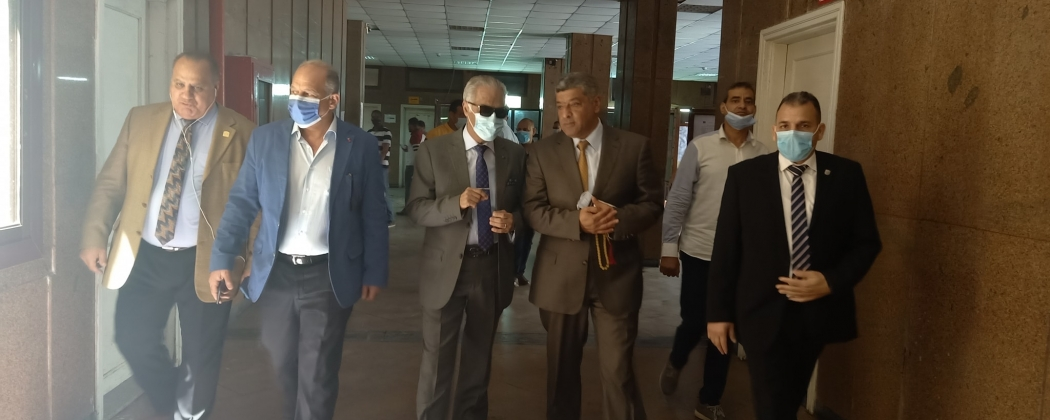Prof. Dr. / Dean of the College receives the President of Port Said University to inspect the examination committees of the second semester of the academic year 2021/2020